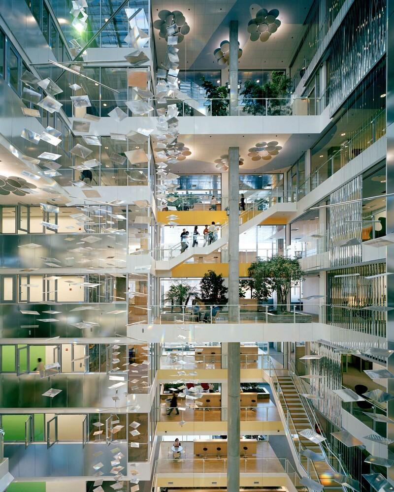Behnisch Architekten / Genzyme Center